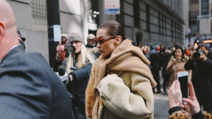 camel-tendencia-vogue-phil-oh