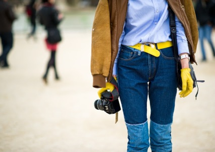 Jessie-Pan-Paris-Fashion-Week-Fall-Winter-2012-2013-New-York-City-Street-Style-yellow gloves