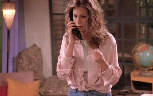 34 Rachel Green Fashion Moments You Forgot You Were Obsessed With on Friends #rachelgreenoutfits Rachel Green Friends Fashion - Rachel Green's Best Outfits on Friends