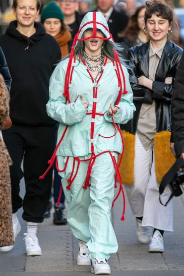 07-billie-eilish-vogueint-12jul19-gettyimages