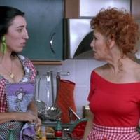 La ropa en las películas de Almodóvar que no envejece y que te va a hacer querer lamer la pantalla